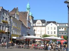 Sommer Auf Dem Alstadtmarkt