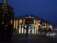 Palaisvest Bei Nacht
